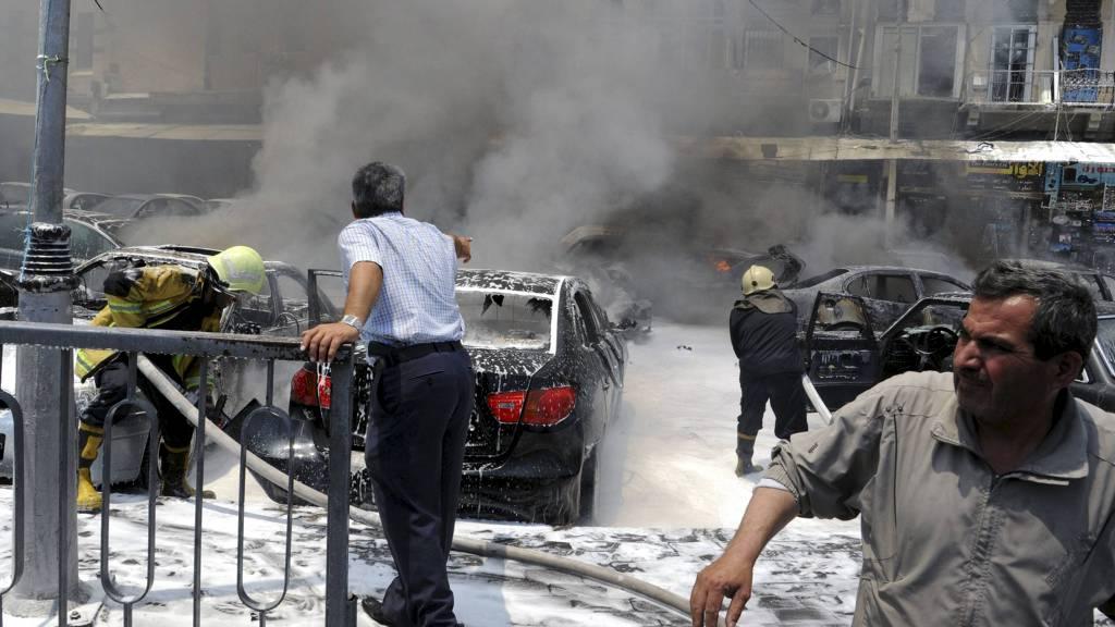 «TERRORISTANGREP»: To bomber eksploderte utenfor Syrias høyesterett i sentrum av Damaskus torsdag 28. juni. Statlig syrisk tv kalte eksplosjonene «terroristangrep». (Foto: HANDOUT/Reuters)