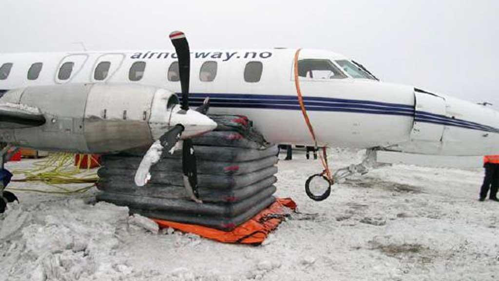 FEIL PÅ STYRINGEN: Havarikommisjonen beskriver systemet for nesehjulsstyring på flytypen som komplekst. (Foto: SHT)