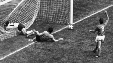 Gerd Müller har bommet mot Italia, VM-semien 1970. (Foto: AP/Ap)