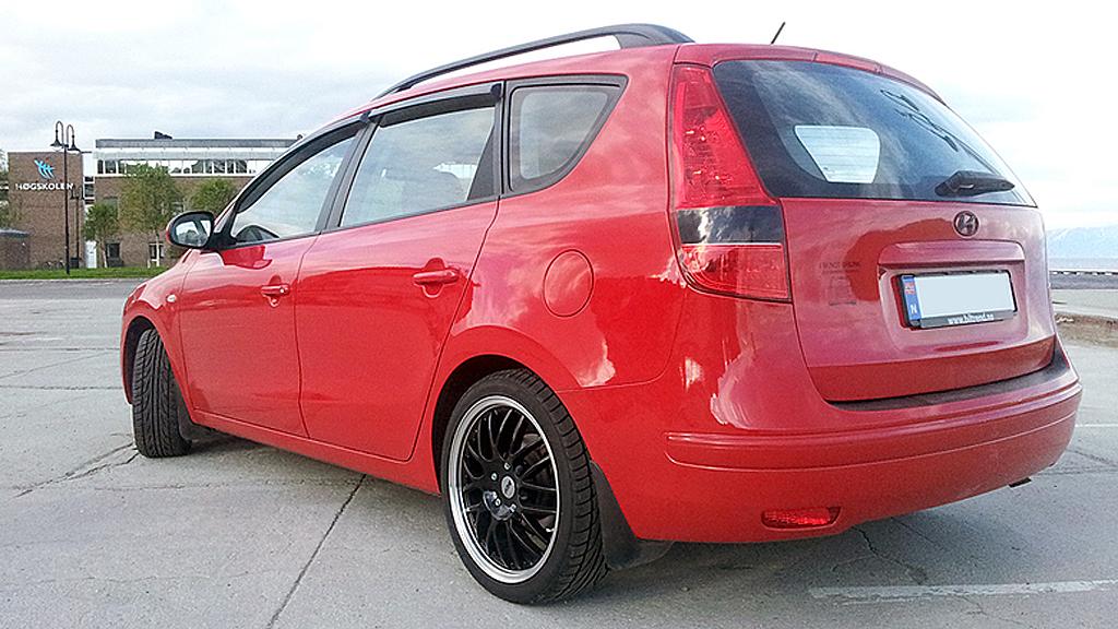 Lekre hjul hører selvsagt også med, selv om Christer synes bilen er for høy. Vi tipper neppe helt feil om vi tror han kommer til å gjøre noe med det. (Foto: Privat)