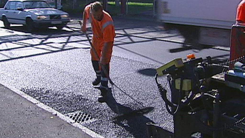 veg veg asfalt vegarbeid asfaltarbeid (Foto: TV 2)