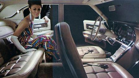 1967 Ford Thunderbird.