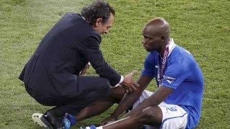Balotelli (Foto: CHARLES PLATIAU/Reuters)