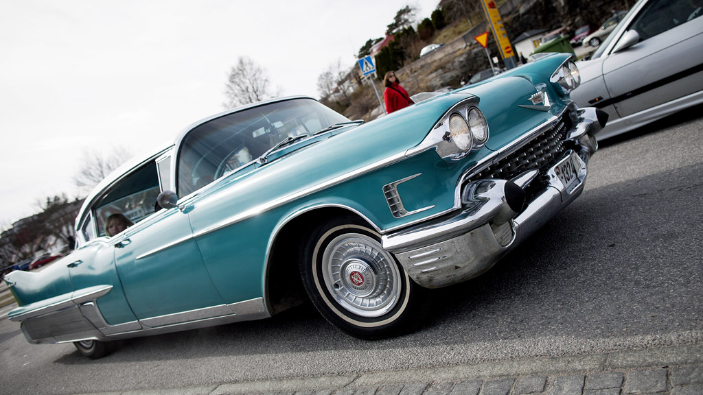 Onsdag, på USAs nasjonaldag, skal norske Cadillac-entusiaster forsøke å sette ny rekord for antall Cadillacer etter hverandre i en parade. Skal de få til det må de samle mer enn 298 biler på Lillestrøm. (Foto: Thomas Winje Øijord / SCANPIX)