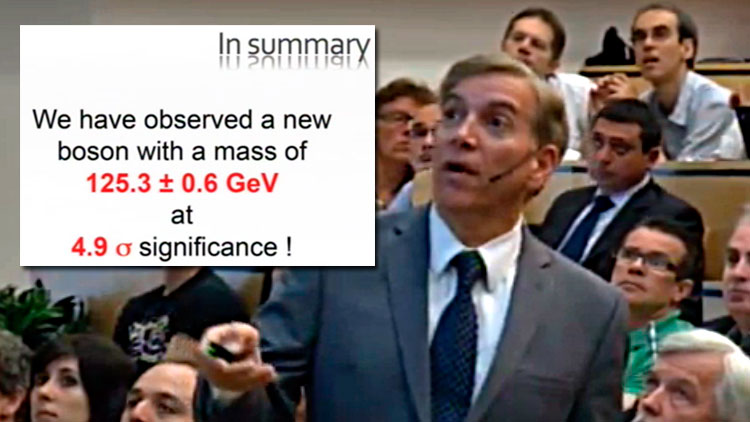 Professor Joen Incandela bekrefter at Higgs-bosonet er funnet. (Foto: CERN)
