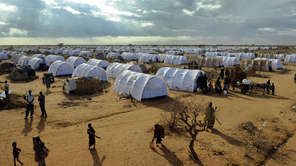 SVÆRT UTSATT: Den enorme Dadaab-leiren anses som et usikkert område. (Foto: NTB Scanpix)