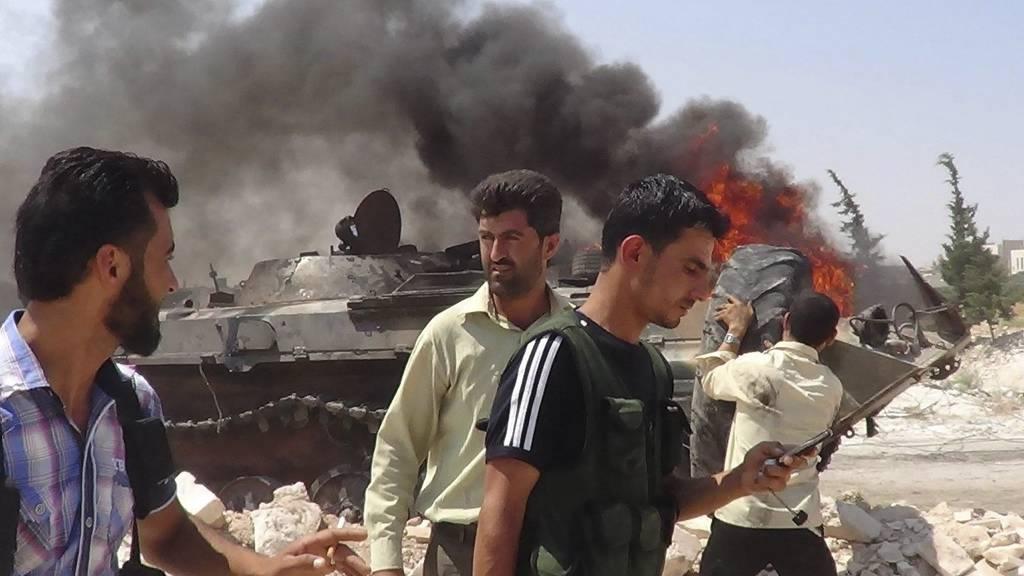 Syria-opprørere (Foto: Afp)