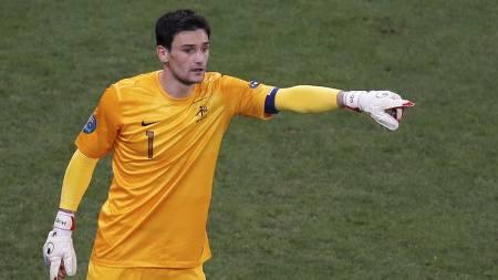 Tottenham er interessert i den franske målvakten, Hugo Lloris, og skal være nær en signering.  (Foto: YVES HERMAN/Reuters)
