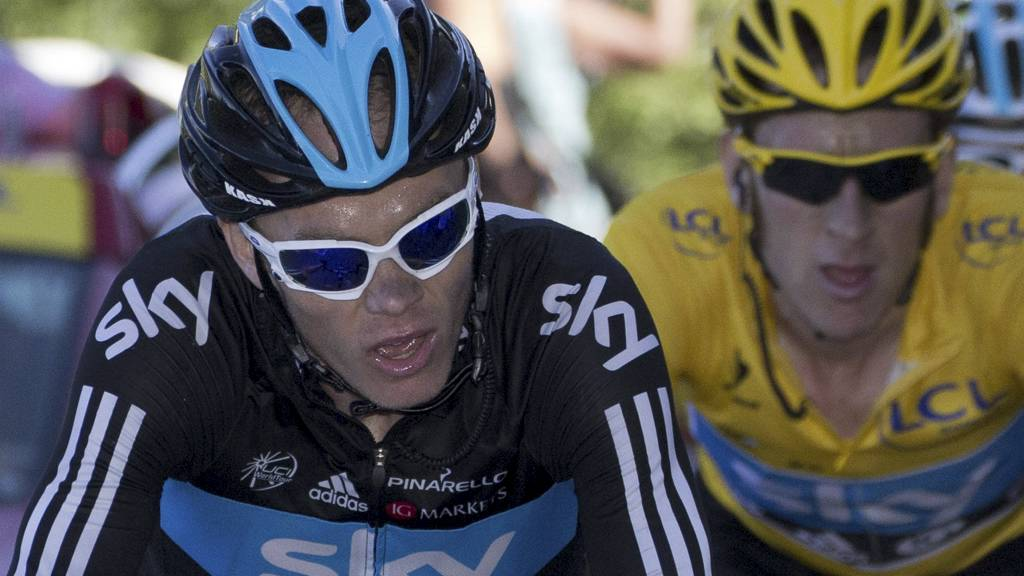 LEI: Chris Froome er lei av å taue på Bradley Wiggins. Nå vil han bli kaptein selv. (Foto: JOEL SAGET/Afp)
