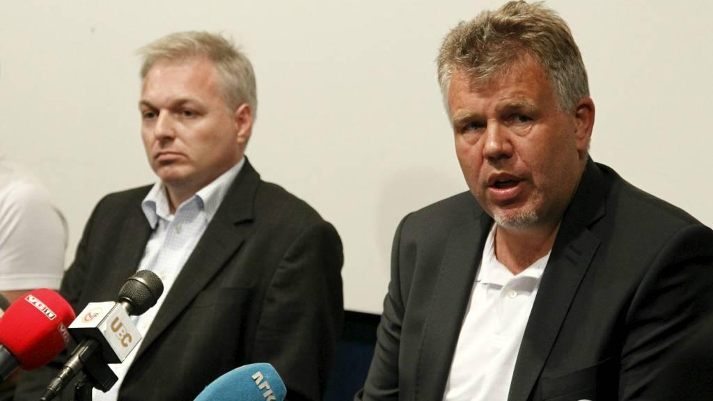 ALVORLIG: Kjetil Siem sammen med Ole Bjørn Fausa i Follo. (Foto: Schrøder, Tor Erik/NTB scanpix)