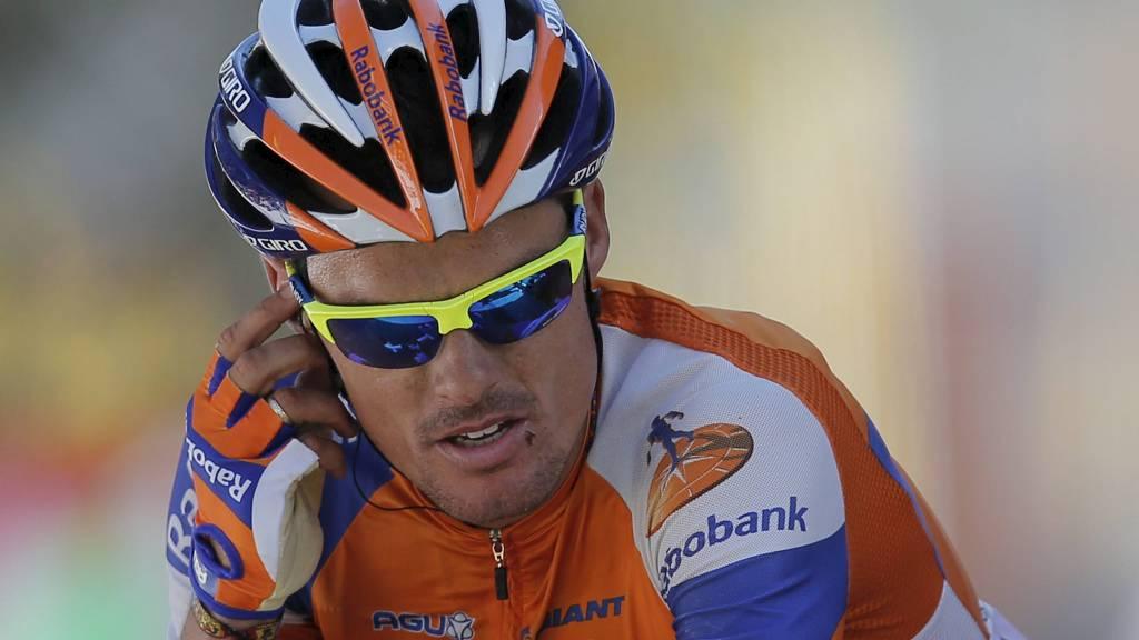 MISFORNØYD: Luis Leon Sanchez var oppgitt over at Bradley Wiggins trakk opp Edvald Boasson Hagen i spurten. (Foto: Christophe Ena/Ap)