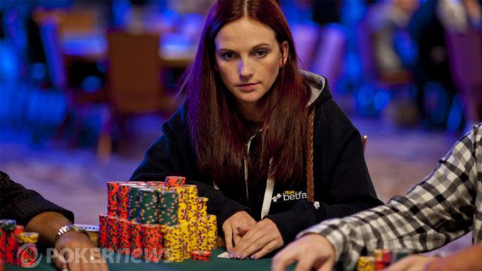 KAN VINNE MILLIONER: Elisabeth Hille er fortsatt med blant dem som kan vinne finalepotten på svimlende 53 millioner norske kroner i poker-VM i Las Vegas. (Foto: World Series of Poker)