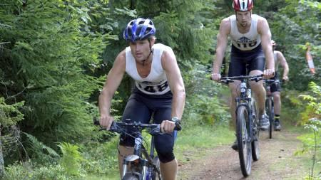 FOLKEFEST I VESTFOLD: Gråtassen er et folkelig triathlon. 300 meter svømming, 24 km terrengsykling og 5 km terrengløp burde være overkommelig for de fleste. (Foto: Kodal IL/)