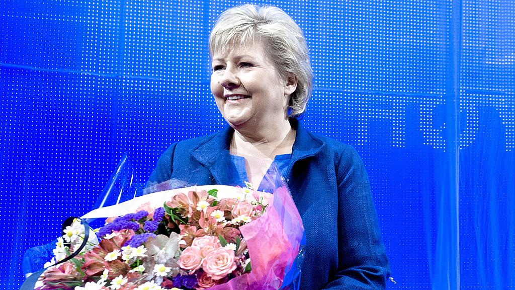 Høyre-leder Erna Solberg blir medlem av en prestisjefylt klubb som vinner av Brobyggerprisen for 2012. (Foto: NTB Scanpix)