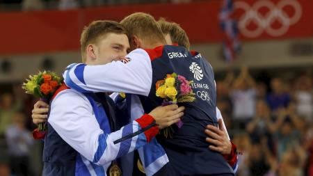 STORBRITANNIA: Med Philip Hindes, Chris Hoy og Jason Kenny vant OL-gull. (Foto: CATHAL MCNAUGHTON/Reuters)