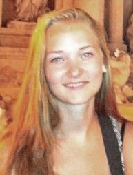 SAVNET: Sigrid er ca 170 cm høy, har brunt langt hår og blå øyne. (Foto: Privat/Politiet)