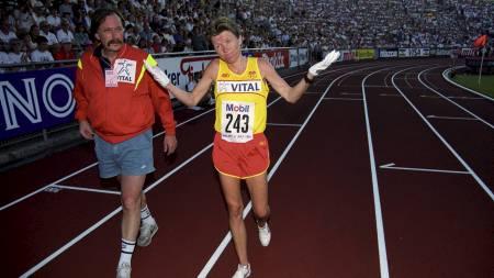 Oslo juli 1991. Ingrid Kristiansen gråter under Bislett Games. (Foto: Evensen, Lasse/NTB scanpix)
