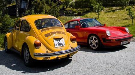 Det er noe spesielt med biler med luftkjølte boksermotorer bak, mener VW-eieren, som drømmer om en Porsche 356 - men sikkert ikke ville ha noe i mot en 911 heller. (Foto: Privat)