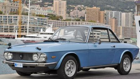 1972 Lancia Fulvia 1,3 S coupé, anslått 8.000 til 12.000 euro. Solgt for 17.500 euro, eller tilsvarende rundt 130.000 kroner. (Foto: Artcurial)