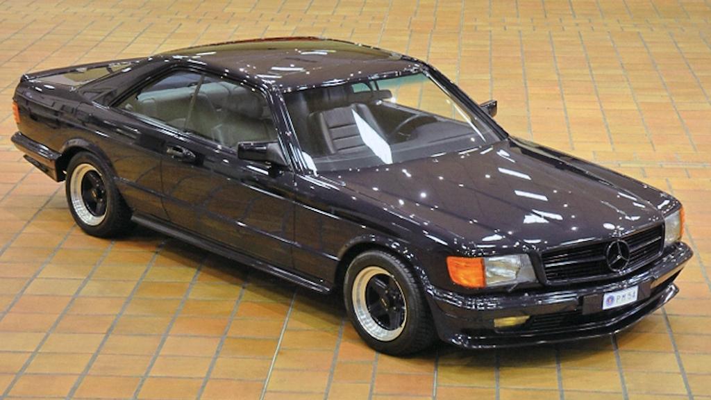 """Joda, snobbeklassikerne fra 80-tallet begynner å bli mye verdt - selv om ikke engang det faktum at den kun har gått rundt 8.000 kilometer gjør prisen på 870.000 kroner """"rasjonell"""" for avdøde fyrst Rainiers favoritt-Mercedes. (Foto: Artcurial)"""
