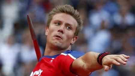 Andreas Thorkildsen ønsker kun å fokusere på idretten. Han sier det ikke er tid til andre ting ved siden av.  (Foto: KAI PFAFFENBACH/Reuters)