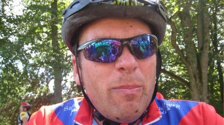 EREKSJONSSVIKT: Anders Edvardsen (43) følte at penisen ble mindre og mindre. Det var umulig å få resning.  (Foto: Privat)