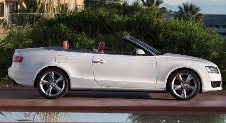 Audi A5 Cabriolet: Stofftak i stedet for ståltak - og god plass til å være en åpen bil.