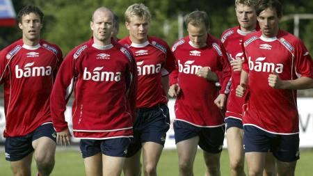 Ronny Johnsen, Henning Berg, Steffen Iversen, Sigurd Rushfeldt, Tore Andre Flo, Claus Lundekvam (Foto: Richardsen, Tor/NTB scanpix)