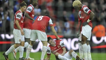 Robin van Persie i ligacupfinalen (Foto: Nigel French/Pa Photos)