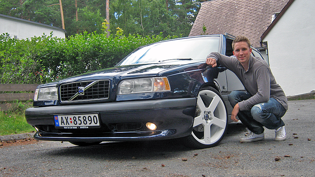 """Et rent og pent utseende har vært Daniels mål med denne bilen,  som egentlig var ment som bruksbil. Men så """"tok det litt av"""".  Hørt den før? (Foto: Privat)"""