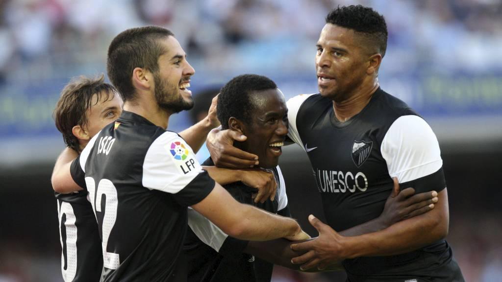 Fabrice Olinga scoret i debuten for Málaga og slo dermed Iker Muniains rekord. (Foto: MIGUEL RIOPA/Afp)