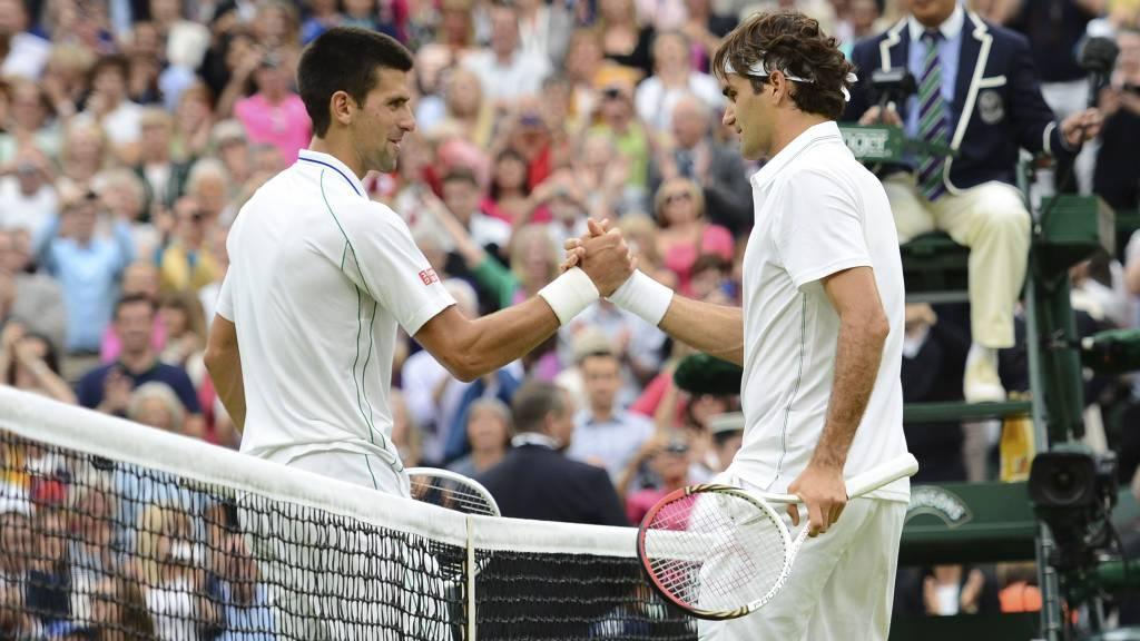 Novak Djokovic og Roger Federer møtes til drømmefinale i Cincinnati Masters. (Foto: LEON NEAL/Afp)