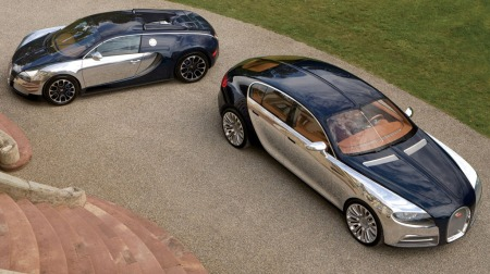 To blad Bugatti - Veyron og konseptbilen Galibier.