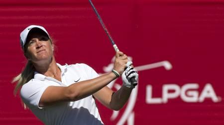 Suzann Pettersen ligger på 13. plass før siste og avgjørende runde i Canadian Open i golf.  (Foto: BEN NELMS/Reuters)