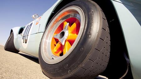 Bilen var den første som bar de etterhvert berømte lyseblå og orange fargene til Gulf Racing Team. Gulf skiftet til Porsche-racere da GT40 gikk ut av produksjon i 1969. (Foto: RM Auctions)