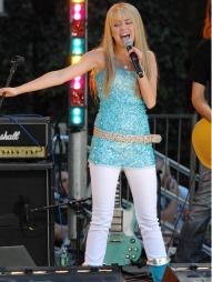 POPSTJERNE: Miley Cyrus har hatt en svært vellykket solokarriere.  (Foto: Jennifer Graylock/jpistudios, ©TS)