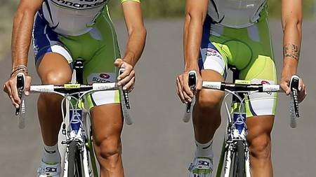 SKILLER LAG: Vincenzo Nibali og Damiano Caruso sykler ikke sammen neste sesong. Nibali har meldt overgang til Astana. (Foto: DOUG PENSINGER/Afp)