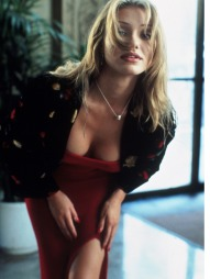 SEXY: 22 år gamle Cameron Diaz imponerte publikum i «The Mask»   i 1994. (Foto: Entertainment Pictures, ©ps)