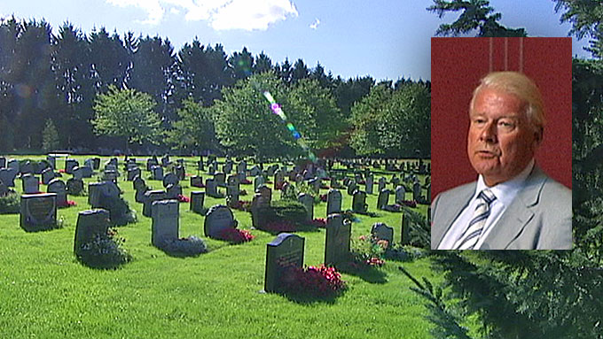 GRAVFERD: Takket være Carl I. Hagens (Frp) innsats i Oslo bystyre, kan muslimer begraves på kveldstid.  (Foto: Arve Solheim/TV 2)