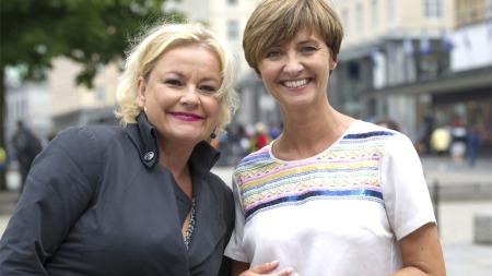 Skuespiller Anette Hoff og programleder Solveig Barstad.