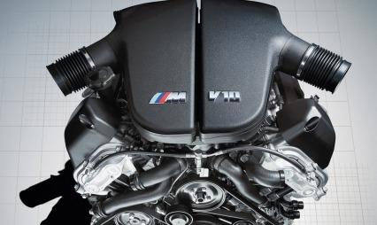 Dette er hjertet i en BMW M6 - V10 på 5 liter uten turbo. Den yter på sitt meste 507 hk.