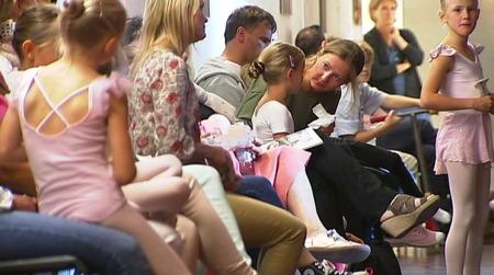 HÅPEFULLE: Å bli ballerina er mange småjenters drøm. (Foto: TV 2)