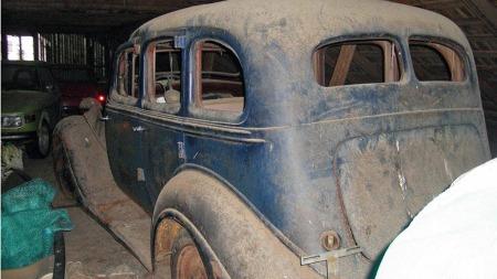 Hudson produserte flere forskjellige modeller gjennom 30-tallet, sedanversjonene kom både med og uten hypermoderne utbygget bagasjerom. Denne utgaven har det tradisjonelle utseendet. (Foto: Privat)
