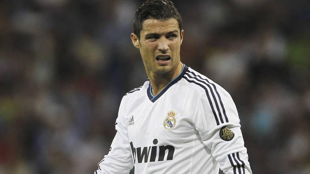 CRISTIANO RONALDO: Scoret tre mål for Real Madrid søndag kveld (arkivfoto) (Foto: Andres Kudacki/Ap)