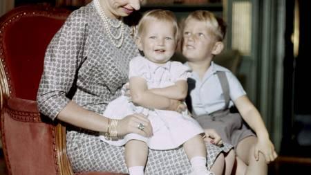 Prinsesse Ragnhild sammen med barna Ingeborg og Haakon. Foto: Torodd Kvaale NTB / Scanpix (Foto: Kvaale, Torodd/NTB scanpix)