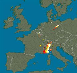 Her ha det lynt mellom klokken 12 og 14 mandag. (Foto: blitzortung.org)
