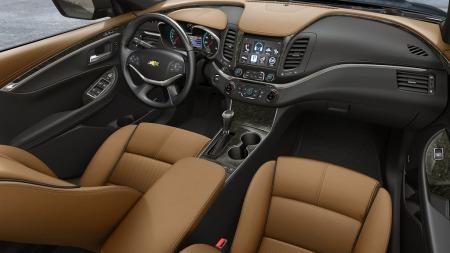 Når nye Chevrolet Impala kommer som 2014-modell, er det ikke lenger mulig å velge hel sofa foran. Dagens Impala er den siste amerikanske personbilen som kan leveres med dette tilbehøret, og rundt 10 prosent av kundene krysser fremdeles av for hel sofa.