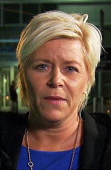 KRITISK: Frp-leder Siv Jensen mener helseministeren må rydde opp. (Foto: TV 2)