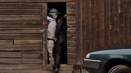 FANT BLODSPOR: Politiets teknikere fant blod fra Sigrid på sengetøy inne i dette lagerlokalet på Bryn som den siktede 37-åringen har disponert. (Foto: Stein Akre / TV 2)