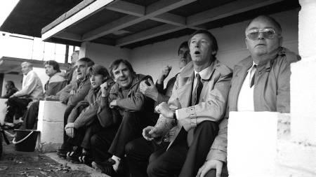 DEN FØRSTE UNITED-KAMPEN: Det er 8. november 1986 og Alex Ferguson leder sitt nye lag for første gang. Det endre med 0-2-tap for Oxford. (Foto: PA Photos/Pa Photos)